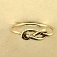 Infinity Ring Sterling Silver  Love Knot Ring Mother/Sister Ring Best Friends Promise 10 Dollars Esteverde