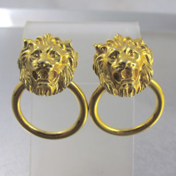 Lion Door Knocker Earrings, Screwback Clip On Lion Head Earrings, Vintage Gold Figural Lion Jewelry, Mother Of The Bride Earrings