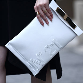 New 2016 Clutch Brand Small Women Leather Handbags Designer Letter Women Bag Causal Envelope Evening Clutch Purse