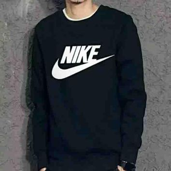NIKE New fashion bust letter hook print thick keep warm couple long sleeve top sweater Black