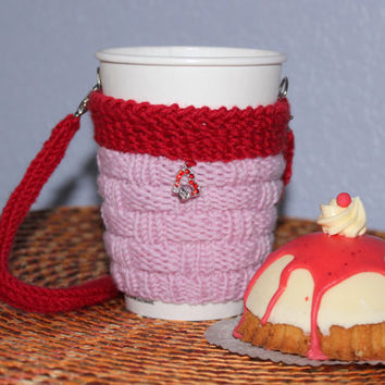 Knit cup sleeve. Valentine's gift for her. Office cup cozy. Coffee cup cozy. Hands-free carrying. Pink red heart. Starbucks cup sleeve.