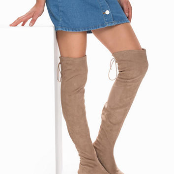 Flat Thigh High Boot, NLY Shoes