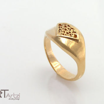 diamond shaped gold signet ring Diamond silhouette ring, Diamond shape ring, Diamond signet ring, Diamond ring, Gold diamond ring