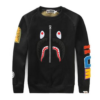 Bape 2018 autumn and winter new camouflage shark loose round neck sweater F-A-KSFZ black