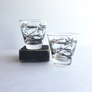 Libbey Western Guns Whiskey Glasses  Set of 2