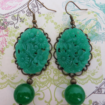Green jade earrings, vintage carved faux jade cabochon jewels, bronze filigree jewelry, antique style jewellery  Sofia's Bijoux