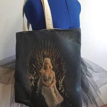 Game - of - thrones - khaleesi - mother - of - dragons - house - of - targaryen - breaker - of - chains - lined - beach - bag - purse - tote