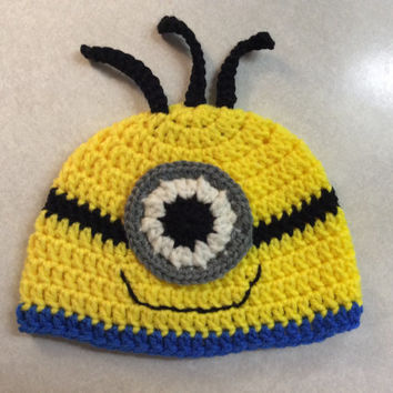 Newborn Minion Hat,  photo prop, Hand crochet, gift idea, shower gift, Halloween costume, baby's first Halloween, yellow, blue, black, white