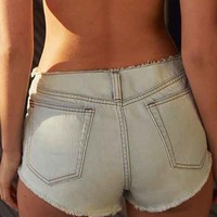 BDG Boyfriend Low-Rise Short - Raw-Edge Waist - Urban Outfitters