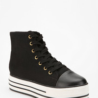 BDG High-Top Flatform-Sneaker
