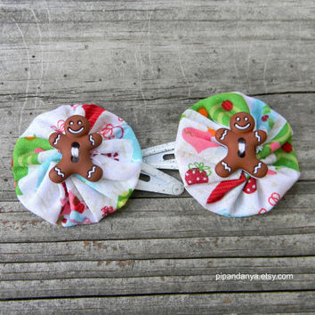 Holiday Handmade Fabric Hair Clip, Yoyo hair clip, Hair Accessories for Girls, Gingerbread Man Hair Accessory