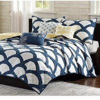 Scallop Navy and White Bedding Quilt Set