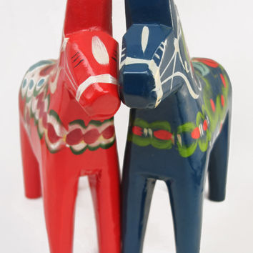 Vintage Dala Horse Olsson Grannas Nils Blue Wooden Swedish Folk Art Sweden Wood Home Decor Hand Painted Carved Dalahasten Navy Dalahemslojd