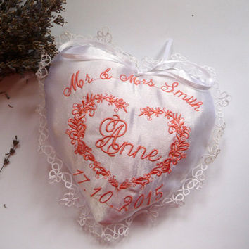 Personalizet gift for bridesmade,sachet heart,Your choice of color,Mother Of The Bride Gift, Mother Of The Groom, Bridesmaid Thank You Gift