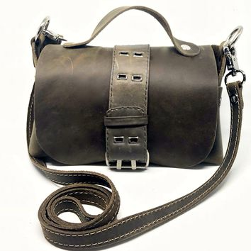 Belted Distressed utility leather lunch box bag