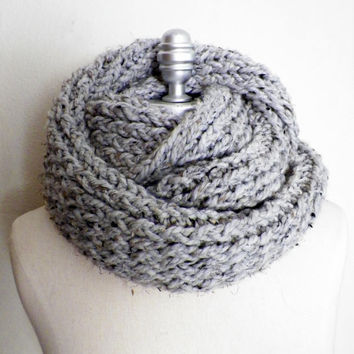 Gray Tweed Infinity Scarf, Chunky Knit, Winter Scarf, Grey Scarf, Thick, Cold Weather Fashion Knitwear