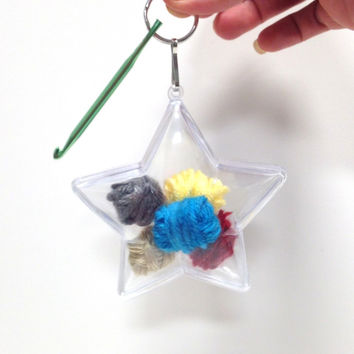 Kay's Crochet Hook Key Chain Star Ornament Kit with Different Sizes Crochet Hook Key Chain