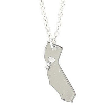 California State Necklace Heart Silhouette Outline Pendant Silver Tone NQ26 Fashion Jewelry