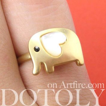 Adjustable Elephant Ring in Gold with Pearl Like Heart Shaped Ears
