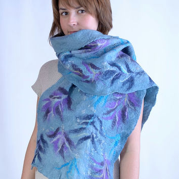 Thick felt scarf with fairytale flower pattern - floral, warm, fancy, felted, wool shawl [S37]