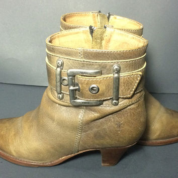 FRYE 77216 Tina Shootie Khaki Leather Motorcycle Riding Short Boots Women's Size 8.5