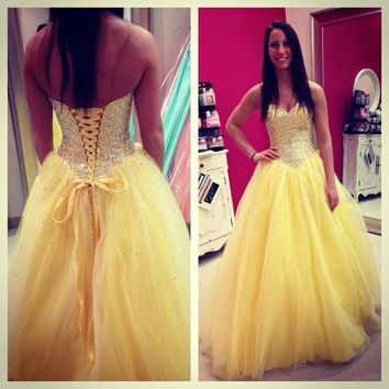 Ball Gown Yellow Tulle  Prom Dresses 2016 Sweetheart Backless Beads  Formal Evening  Party Gown