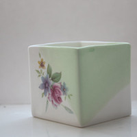 Small white and green cube made from English fine bone china and vintage flower illustrations - geometric decor- illustrated ceramics