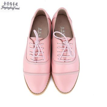 2017 New Women's Flats Casual Shoes Lace Up Brogues Vintage Oxfords Shoes Women British Style Pointed Toe Women Brogues Oxfords