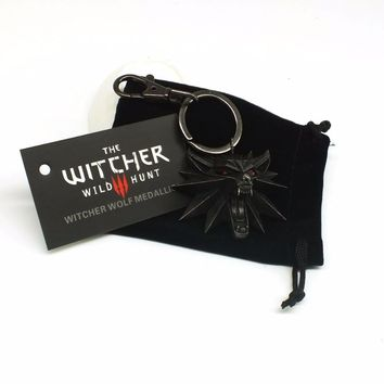Witcher 3 Wild Hunt Medallion Key Ring Keychain Wild Hunt 3 Video Game Figure Game Wolf Head Alloy Key Chains Men Gifts