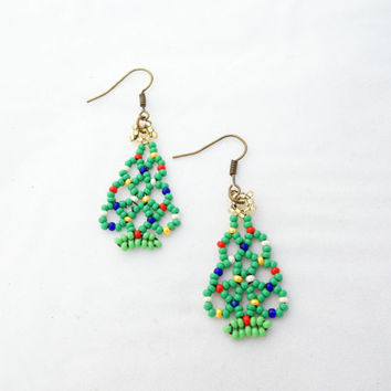ON SALE Chrisrmas earrings christmas tree earrings green earrings handmade amazing gift earrings for women Beaded earrings seed beads earing