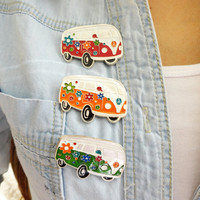 Hippie bus pins, Volkswagen Van, VW Camper, sixties jewelry, peace sign jewelry, hipster vintage retro jewelry, party accessories