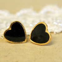 Heart black gold stud post earring petit elegant 14k by iloniti