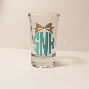 Monogram Shot Glass| Personalized Shot Glass| 21st Birthday Gift| Bachelorette Party Gift| Wedding Favors