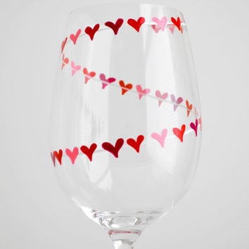 Heart Garland Valentine Wine Glass - Personalized Valentines Hand Painted Glass with your Names - Valentine Gift