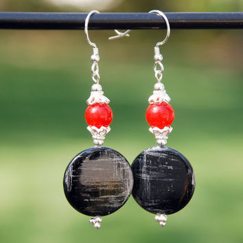 Black and grey shell earrings, Red agate earrings, shell earrings, sterling silver earrings, bali silver earrings, black and red earrings