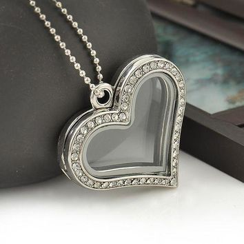 DCCKHY9 Fashion Heart Magnetic Glass Floating Locket Memory Necklaces & Pendants Charm Chain Necklace Jewelry Accessories Free Shipping