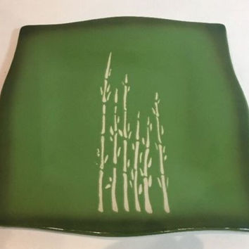 Wendover Lane Embossed White Bamboo Pattern Set of 4 Green Dinner Plates