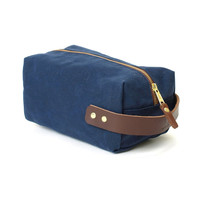 Blue Claw Co Duck Island Dopp Kit - Navy