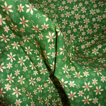 Vintage Christmas Novelty Print of 100 Percent Quilters Cotton Fabric/HOLIDAY FLOURISH by R.E.D. International Textiles