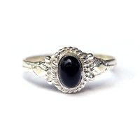Ada Black Onyx Ring (Sterling Silver)