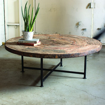 Numéro 8 Reclaimed Wagon Wheel Coffee Table