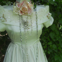 Vintage wedding dress ivory roses romantic x-small by vintage opulence on Etsy