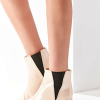 Faux Patent Leather Pola Chelsea Boot | Urban Outfitters