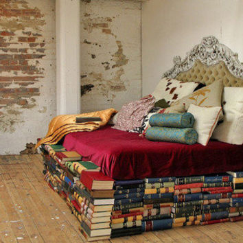 Lovely Beautiful Things - this is awesome. book bed