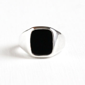Vintage Sterling Silver Black Onyx Ring - Retro Men's 1970s Size 12 Hallmarked Avon Classic Black Chalcedony Statement Jewelry