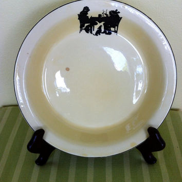 """SALE Yellow 10"""" Pantry Bak-In Ware by Crooksville Pie Plate in Silhouette Pattern Antique"""