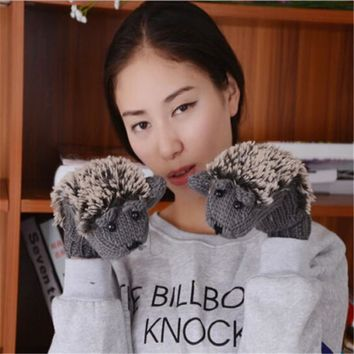 1 Pair Brand New Women Winter Warm Outdoor Gloves Cartoon HedgehogAnimal Cotton Mittens For Girls Ladies Grey