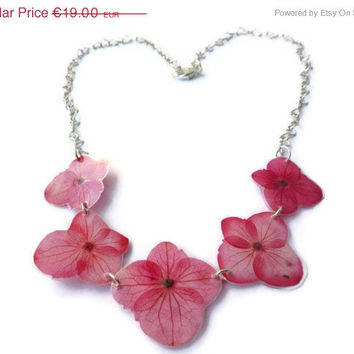 15% OFF VDAY SALE Five pink hydrangea necklace in a hearted chain. Hydrangea flowers. Real flower necklace. Gift for sister.