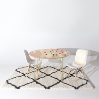 Allyson Johnson Blush Mod 2 Round Table