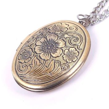 Bronze Flower Pattern Photo Frame Locket Party Dress Necklace Pendant